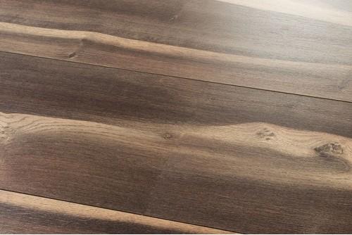 Ламинат Tarkett Дуб темный оттенок 8215276